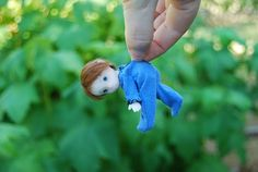If ever there was a doll creator of cute little being, DaisyDayes fits the bill.  Her work is one to watch.