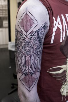 Today we lined a half-sleeve for Alex. More stuff to come around plus shading