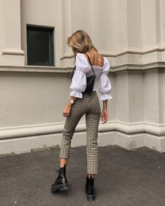 My favorite jeans brand, J BRAND has of . - My favorite jeans brand, J BRAND has of … – … Source by housedecorrDIY - Mode Outfits, Winter Outfits, Casual Outfits, Fashion Outfits, Party Fashion, Spring Outfits, Fashion Shoes, Fashion Jewelry, Outfit Summer