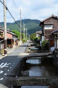 Japanese suburb. 街路
