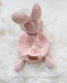 Schmusetuch Häschen You are in the right place about sitricken rock Here we offer you the most beaut Crochet Baby Toys, Crochet Bunny, Baby Knitting, Crochet Doll Pattern, Crochet Dolls, Crochet Patterns, Amigurumi Patterns, Amigurumi Doll, Fabric Softener Sheets