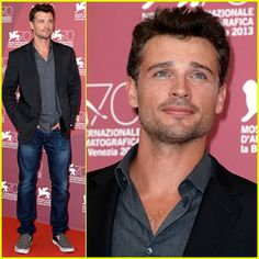 AWESOME TOM WELLING