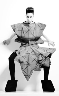 Fractal Fashion - 3D dress with repeating geometric shapes & graphic silhouette; sculptural fashion design // Lisa Shahno