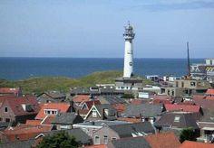 """Vuurtoren """"J.C. van Speijk"""" in Egmond aan Zee. Vuurtorens, machtig mooi."""
