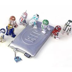 Bioworld x Star Wars R2-D2 Droid Beep Bloop debossed silver metallic clutch purse ⭐️ Star Wars fashion ⭐️ Geek Fashion ⭐️ Star Wars Style ⭐️ Geek Chic ⭐️