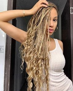 Top 60 All the Rage Looks with Long Box Braids - Hairstyles Trends French Braid Hairstyles, Braided Hairstyles For Black Women, African Braids Hairstyles, Girl Hairstyles, Easy Hairstyles, Blonde Box Braids, Braids With Curls, Braids For Black Hair, Braids For Black Women Box