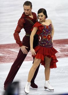 beautiful shapes and outfits in figure skating (I've a lot of pictures in my pc. Ice Dance Dresses, Figure Skating Dresses, Dance Outfits, Figure Skating Olympics, Skate 3, Ice Skaters, Samba, Dance Costumes, Leotards