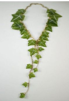 ivy vines necklace, can so see this on a Mother Nature RF costume Mother Nature Costume, Hansel Y Gretel, Poison Ivy Costumes, Alpha Kappa Alpha Sorority, Pretty In Pink, Pink And Green, Jewelery, Woman Costumes, Couple Costumes