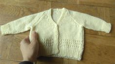 V-neck Sweater Mths Vintage Knit Newborn Yellow Cardigan Kids Sweater Buttons Up Knit Baby Knitted Sweater Yellow Cardigan, Knit Cardigan, Vintage Knitting, Baby Knitting, Recycled Yarn, Baby Month By Month, Vintage Children, Unique Vintage, Kids Outfits