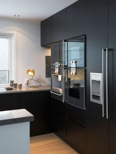 Astonishing Kitchen Remodeling Why You Should Also Change Your Décor Ideas Kitchen Inspirations, Kitchen Appliances Layout, Scandinavian Kitchen Design, Diy Kitchen Storage, Kitchen Remodel, Contemporary Kitchen, Kitchen Room Design, Kitchen Furniture Design, Dining Room Accessories