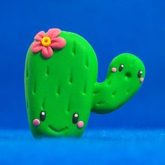 Kawaii Cactus Reserved for Amanda by jennandtonybot on Etsy Polymer Clay Miniatures, Fimo Clay, Polymer Clay Charms, Polymer Clay Creations, Clay Projects, Clay Crafts, Fimo Kawaii, Carl Y Ellie, Cactus