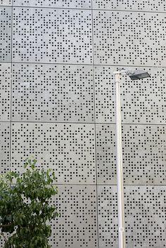 EDIFICIO Braille building by juanpg, via Flickr
