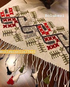 2 Instagram, Elsa, Bohemian Rug, Cross Stitch, Stitching, Decor, Towels, Costura, Punto De Cruz
