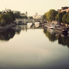 Paris Photo, Pont Neuf, Bridge, Seine River, Romantic and Dreamy Travel Photography - Once Upon a River Saint Germain, Paris Photography, Travel Photography, Poetry Photography, Wonderful Places, Beautiful Places, House Beautiful, Places To Travel, Places To See