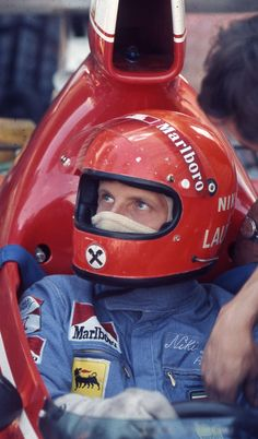 Niki Lauda helmet Ferrari Pre 1976