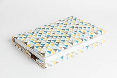 Obal na knihu otvárací - triangles modrý Triangles, Home Decor, Decoration Home, Room Decor, Home Interior Design, Home Decoration, Interior Design