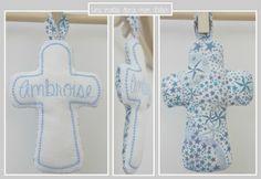 croix en Liberty adelajda bleu