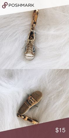 adad26af281 Juicy Couture Gold Lace-Up Sneaker Charm ▫️Product Description▫ ▫️Sporty and