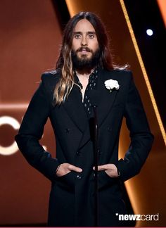 Actor Jared Leto speaks onstage during the 18th Annual Hollywood Film Awards at The Palladium on November 14, 2014 in Hollywood, California.  (Photo by Kevin Winter/Getty Images) Looking dapper!