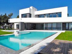 Villa / Chalet de 500 m2 en venta Marbella, España | LuxuryEstate.com