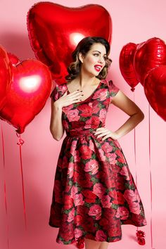 Heart Balloons, Mylar Balloons, Pretty Clothes, Pretty Outfits, Vintage Girls, Retro Vintage, Holly Peers, Be My Valentine, It's Your Birthday