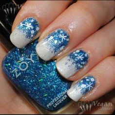 I think that this is the perfect nail polish desgin for Elsa. I'm pretty sure you all know who she is. :)
