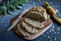 Rezept: Brot ohne Mehl und Hefe - Projekt: Gesund leben | Clean Eating, Fitness & Entspannung Low Carb, Clean Eating, Bread, Chocolate, Baking, Healthy, Breakfast, Desserts, Fitness