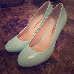 Tiffany Blue Chinese Laundry Heels Super nice. Like new. No signs of wear. Tiffany blue. Size 10. Chinese Laundry Shoes Heels