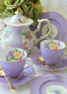 ltra Violet has been announced as the 2018 Color of The Year by Here is our softer version from our Luxury High Tea Hire Tea Cup Set, My Cup Of Tea, Tea Cup Saucer, Café Chocolate, Keramik Vase, Teapots And Cups, Vintage Dishes, Vintage Table, Vintage China