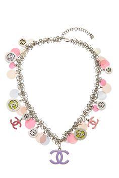 Chanel Jewelry, Pink Jewelry, Cute Jewelry, Jewelry Accessories, Fashion Accessories, Chanel Necklace, Kiss My Neck, Diamonds And Gold, Body Jewellery