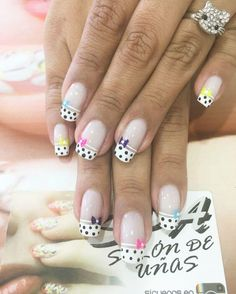 30 Diseños de uñas decoradas para el 2017 | Decoración de Uñas - Manicura y Nail Art Nail Art Design 2017, Nail Designs 2017, Simple Nail Designs, Nail Art Designs, Nails 2017, Us Nails, Menta Chocolate, Elegant Nail Art, Flower Nail Art