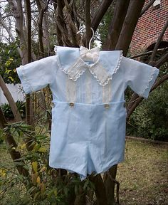 Love blue and ecru. Would be a great Easter outfit.