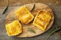 Recette :  Voici une bonne recette alsacienne qui vous rappellera sans doute des souvenirs ! Parce que nos grand-mères alsaciennes connaissaient toutes cette recette de galettes de semoule qui a l