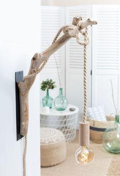 60 Interior Doors Ideas You'll Love - beach house decor Driftwood Lamp, Driftwood Crafts, Driftwood Furniture, Beach House Decor, Diy Home Decor, Diy Casa, Wooden Lamp, Rustic Decor, Diy Furniture