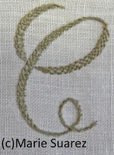 Brodez avec moi - Etape 13 - Le blog de Marie Suarez Diy Embroidery Letters, Marie Suarez, Diy Broderie, Alphabet, Crochet, Tatting, Creations, Patches, Textiles