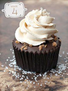 Salados caramelo Cupcakes de chocolate - Magdalena Daily Blog - Mejores Recetas de la magdalena .. un bocado feliz a la vez!