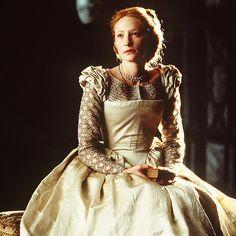 Tudor - Cate Blanchett as Queen Elizabeth I. Film Elizabeth, Elizabeth The Golden Age, Queen Elizabeth, Tudor Costumes, Period Costumes, Movie Costumes, Cate Blanchett, Renaissance, Grey Gown