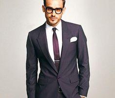 Cómo debe de vestirse un hombre para ir a una boda. #HowTo #Hombre #Ebodas #Outfit #Fashion