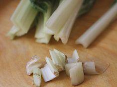 Acelgas Guisadas - AntojandoAndo Feta, Garlic, Dairy, Cheese, Wraps, Mariana, Coleslaw Salad, Crock Pot, Vegetarian Food