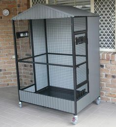 Keeping birds as pets or to rear for breeding comes with a certain amount of responsibility and basic knowledge. It is important to keep pets well feed and above all comfortable in their environment. When it comes to birds, it is impo Cat Cages, Bird Cages, Cage Chinchilla, Macaw Cage, Big Bird Cage, Pigeon Cage, Bird Cage Design, Diy Bird Toys, Bird House Kits