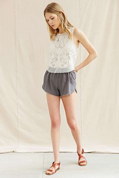 Urban Renewal Remade Linen Drape Dolphin Short - Urban Outfitters