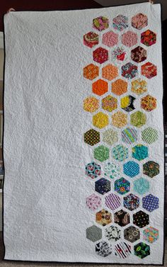 hex quilt - this may be the only quilt I've ever actually liked.... considering learning how to quilt (lightly considering... but nonetheless)