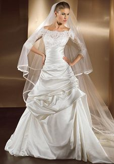 for not liking sleeves on wedding dresses, it's a big deal that i really like the sleeves on this wedding dress.