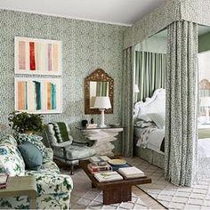 Layered rugs. \\\ Image via: @archdigest. #InteriorDesigner: @michaelsmithinc. #decor #decorate #decorating #design #designinspo #designideas #dekor #decoração #home #homedecor #homedesign #homeideas #inspo #instahome #instadecor #instadesign #interiordes