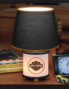 Would be the perfect small lamp for the babies room!