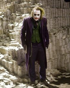 Well-charted territory: In Heath Ledger scored a posthumous Oscar for his menacing rendition of a scarred, lipstick-smeared Joker in The Dark Knight Joker Batman, Heath Ledger Joker, Heath Ledger Dark Knight, Joker Y Harley Quinn, Joker Art, Joker Arkham, Fotos Do Joker, Joker Pics, The Dark Knight Trilogy