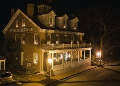 Architecture   Colonial - Southern Hotel B, located in Sainte Genevieve, Missouri