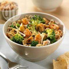 Thaise Oester Soja wokgerecht met kip en broccoli @ allrecipes.nl