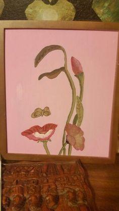 Flower or face? (Both)