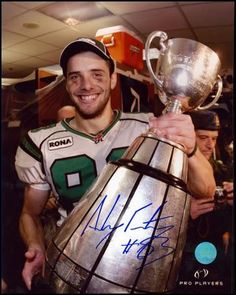 Andy Fantuz former receiver for the Saskatchewan Roughriders Canadian Football League, Football Team, Saskatchewan Roughriders, Grey Cup, Saskatchewan Canada, Green Colors, Pride, Fan, Baseball